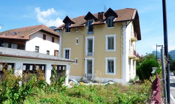 changement des menuiseries extérieures , création de balcon en structure métallique
